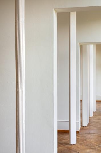 Miriam Sturzenegger · Intersecting Scores, 2020, Ausstellungsansicht Kunsthaus Pasquart.Foto: Stefan Rohner