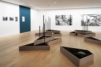 Monica Ursina Jäger · Shifting Topographies, 2019, Ausstellungsansicht Museum Franz Gertsch, Burgdorf