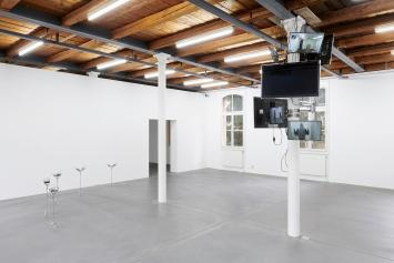 Dorota Gawęda, Eglė Kulbokaitė · Mouthless, 2020, Installationsansicht Kunsthalle Fri Art, Freiburg.Foto: Guillaume Baeriswyl