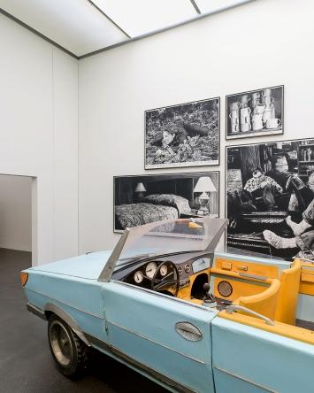 Rinus Van de Velde · I'd rather stay at home,…, Ausstellungsansicht Kunstmuseum Luzern, 2021.Foto: Marc Latzel