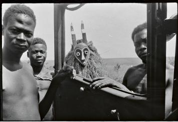 Hans Himmelheber · Kongo, 1938, SW-Negativ, Courtesy Museum Rietberg, Geschenk Erbengemeinschaft Hans Himmelheber