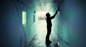 Julian Sartorius bei Aufnahmen in Thun, 2018, Filmstill, Videoproduktion: David Röthlisberger