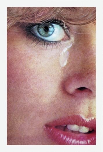 Anne Collier · Woman Crying #1, aus der Serie Women Crying, 2016, Courtesy Anton Kern Gallery, New York; Galerie Neu, Berlin; The Modern Institute/Toby Webster Ltd., Glasgow