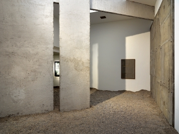 Kirstine Roepstorff · Ex Cave, 2019. Ausstellungsansicht Museum Haus Konstruktiv ©ProLitteris.Foto: Stefan Altenburger