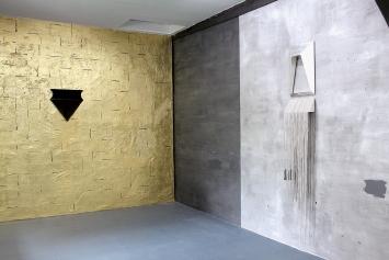 Whispering Walls, Ausstellungsansichten mit Werken von Caterina de Nicola, Brigit Naef, 2020, Courtesy Last Tango, Zürich