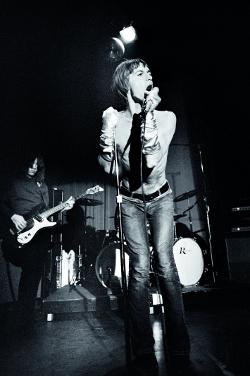 Iggy Pop & The Stooges · One Night at the Whisky, 1970. Foto: Ed Caraeff / Morgan Media Partners