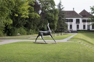 Otto Charles Bänninger, «Pferd», 1954–1955, Muraltengut, Fachstelle Kunst und Bau, Amt für Hochbauten, Stadt Zürich, Foto: Pietro Mattioli