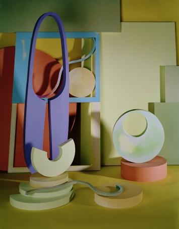 Kyra Tabea Balderer, Sacra Conversatione, 2018, Triptychon (Mittelteil), Fotografie, C-Print, Handabzug, Mittelteil, 65 × 50 cm, Courtesy of the artist