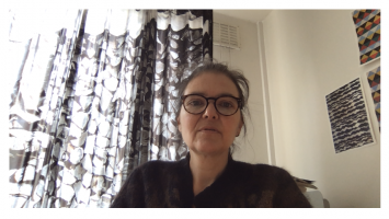 Batia Suterim Gespräch mitJ. Emil Sennewald, Screenshot, 2020