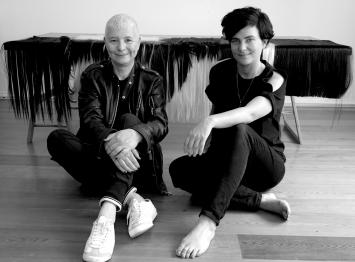 Pauline Boudry and Renate Lorenz. Foto: Bernadette Paassen