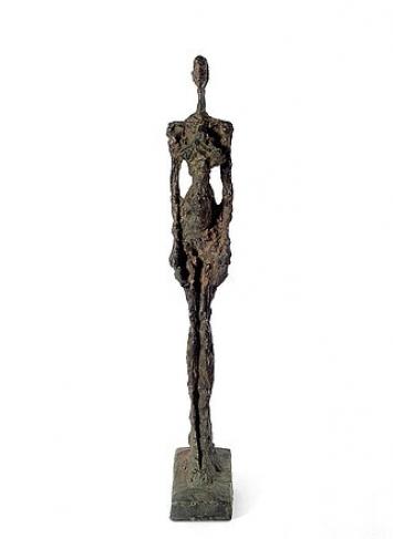 Alberto GiacomettiFrau aus Venedig I, 1956BronzeKunstmuseum Bern© Succession Alberto Giacometti / 2020, ProLitteris, ZurichFoto: Kunstmuseum Bern