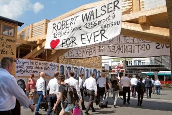 Robert Walser-Sculpture, 2019, Grossprojekt im öffentlichen Raum von Biel. Alle Aufnahmen ©ProLitteris.Fotos: Enrique Muñoz García