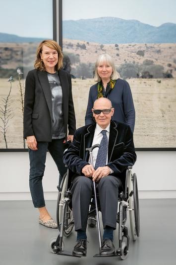 Jean-Luc Mylayne, Mylène Mylayne (rechts) und Madeleine Schuppli, Direktorin Aargauer Kunsthaus Foto: ullmann.photography
