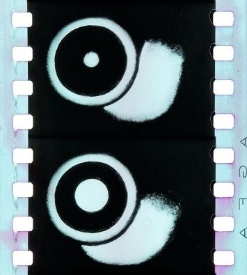 Walter Ruttmann · Opus II, 1922. EYE Film Museum und Timeline of Historical Film Colors. Fotografie der Nitrat-kopie: Olivia Kristina Stutz,ERC Advanced Grant FilmColors