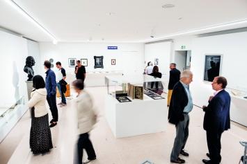 Komödie des Daseins, Ausstellungsansicht Raum ‹Sinnspiele›, Kunsthaus Zug, 2018.Foto: oliverbaer