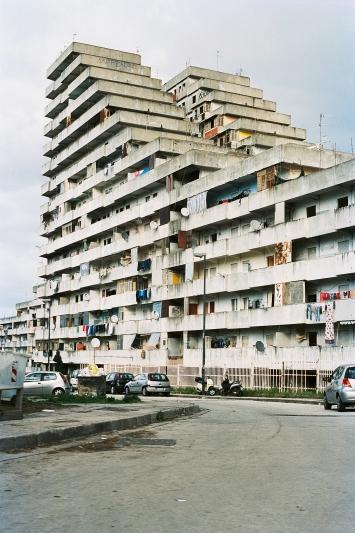 Le Vele, aus der Serie ‹Napoli e poi›, 2014, analoger C-Print