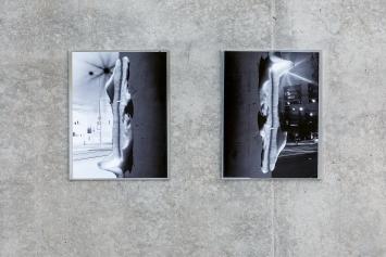 Wir Ungestalten, 2016–2020, Siebdruck und Inkjet-Fotocollagen auf Aluminium, 32x41cm, Ausstellungsansicht 2. OG, Kunsthaus Bregenz.Foto: Markus Tretter