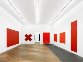Olivier Mosset · MAMCO, vue de l'exposition, 2020.Photo: Annik Wetter