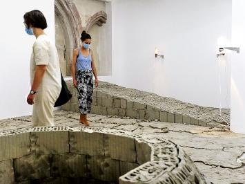 Rebecca Kunz & Mathis Pfäffli, Installation, 2020. Foto: Alexandra vom Endt
