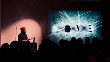 Zach Lieberman · Vortrag im MuDA.Foto:Digital Arts Association