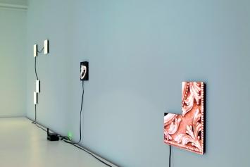 Lossless, 2018, Ausstellungsansicht Roehrs & Boetsch Gallery, Zürich.Foto: Michael Harald Dellefant