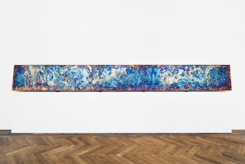 Polycrystalline Horticulture, 2020, Bismut, 71x601x2cm, Ausstellungsansicht ‹Salutary Failures›, Kunsthalle Basel, 2020.Foto: Gunnar Meier