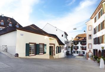 Die Galerie Carzaniga am Gemsberg 10