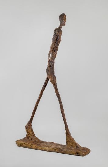 Alberto Giacometti,L'homme qui marche II, 1960, Gips, 188.5 x 29.1 x 111.2 cm, Coll. Fondation Giacometti Paris, © Succession Alberto Giacometti / 2018, ProLitteris, Zurich