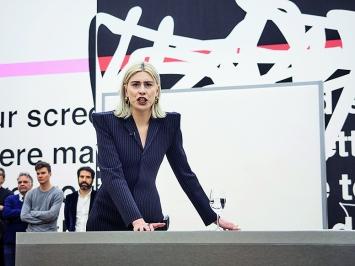 Nora Turato · Nora Turato: explained away, 2019, Performance.Foto: Miro Kuzmanovic