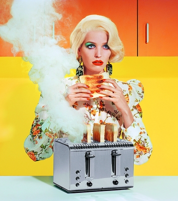 Miles Aldridge · New Utopias #1, 2018, Screenprint, 111 x 98 cm