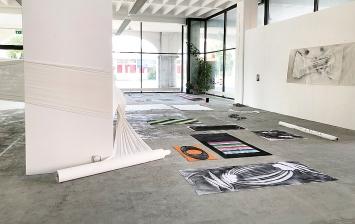 Andrea Vogel · Raumansicht, Galerie Adrian Bleisch, Arbon, Ausstellungsaufbau, 27.7.2021