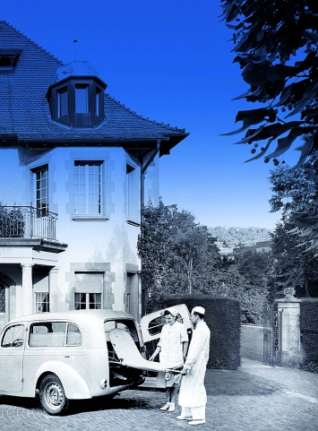 Eliane Rutishauser · Sanatorium Langmatt, 2019, Fotomontage, Quelle: Skoda Autoarchiv
