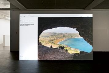 Stefan Karrer · oO, Calypso Cave, 2020, 2-Kanal-Videoinstallation, Website, Loop ca. 15'.Foto: Gina Folly