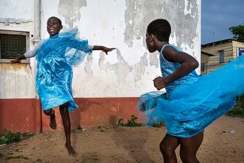 Regula Tschumi · A Dance of Joy, Accra, Ghana, 2019, Fotografie ©ProLitteris