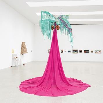 Nilbar Güreş · Sour as a Lemon, 2021, Kunsthaus Pasquart.Foto: Lia Wagner