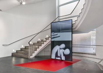 Yves Netzhammer · Die Pflege der Argumente, 2018, Video, 12'24'', Ausstellungsansicht Frankfurter Kunstverein.Foto: Norbert Miguletz