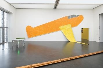 Jan Dibbets, Ernesto Tatafiore und Giuseppe Penone, Ausstellungsansicht Kunstmuseum Luzern ©ProLitteris
