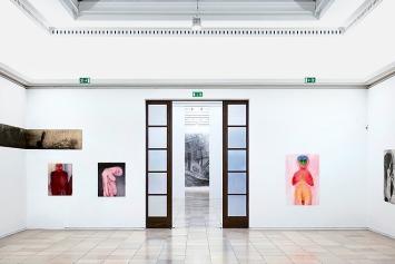 Miriam Cahn · abbau und unklar, 2019, Ausstellungsansicht Haus der Kunst München.Foto: Jens Weber