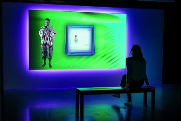 Tabita Rezaire · Premium Connect, 2019, Ausstellungsansicht La Gaîté Lyrique, Paris