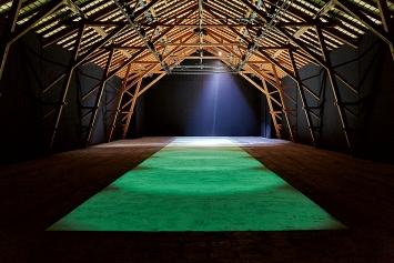 Barbezat-Villetard · Aucun souvenir assez solide, Ausstellungsansichten Ferme-Asile, 2021.Foto: Guillaume Collignon