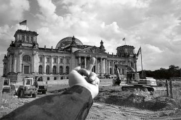 Ai Weiwei · Study of Perspective– Reichstag, Berlin, Germany, 1999, Courtesy Neugerriemschneider