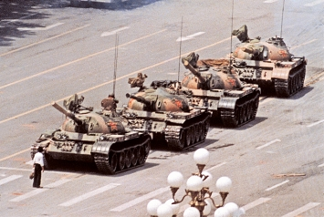 Jeff Widener · Tank Man, Tienanmen, Peking, 5. Juni 1989