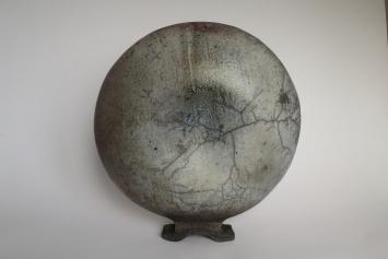 Objekt-Gefäss , Rakubrand Durchmesser 23 cm