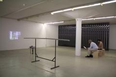 Installation view im DIENSTGEBÄUDE, Performing Knowledge, Juni 2017, Foto: Chloé Cheuk