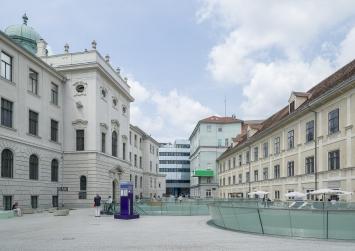 Joanneumsviertel (links: Neue Galerie Graz, rechts: Naturkundemuseum), Foto: Universalmuseum Joanneum/N. Lackner