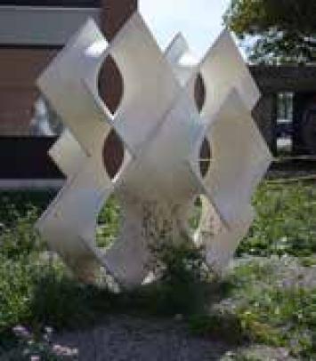 Skulptur in Weiss