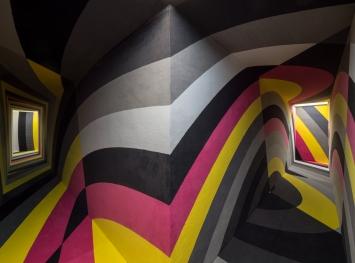 Lang/Baumann,Beautiful Tube #6, 2019,Holz, Teppich,8 x 23 x 2.75 m, Foto: L/B