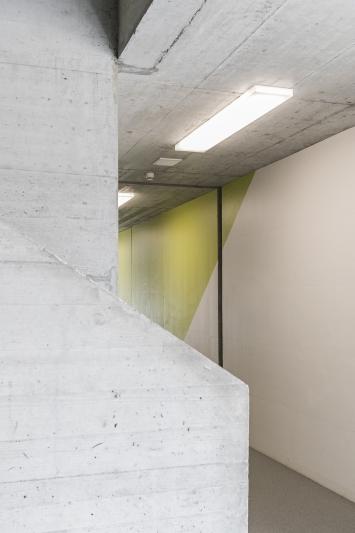 Olivier Mosset, Wallpaintings, 2005, Kunst im öffentlichen Raum der Stadt St. Gallen, Fotografie: Anna-Tina Eberhard, St. Gallen