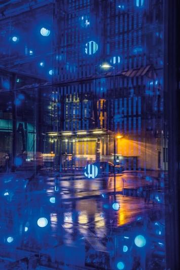 Yves Netzhammer,Der gefangene Floh,Multimedia-Installation, 2015© Pierluigi Macor / Stadt Zürich KiöR («Neuer Norden Zürich»)Courtesy of the artist und Fachstelle Kunst und Bau, Stadt Zürich