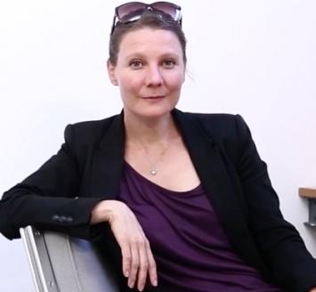 Anne-Julie Raccoursier, 2014, Courtesy Fondation Vaudoise pour la culture / Pierre-Yves Borgeaud